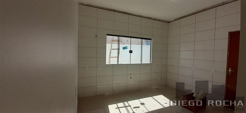 imoveis/2020/04/casa-alvenaria-venda-aceita-proposta-e-pega-terreno-2441-7-1586813814.jpg