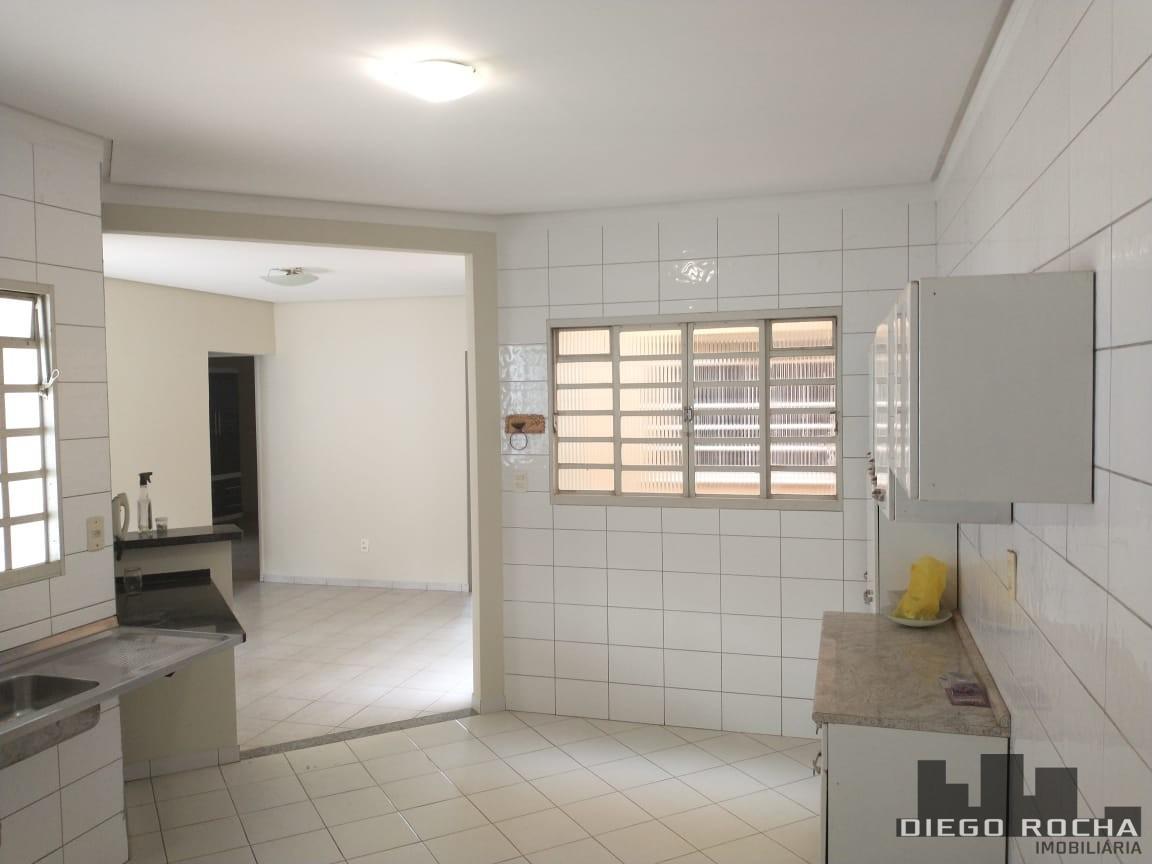 imoveis/2020/11/casa-de-alvenaria-venda-aceita-proposta-2558-9-1605357552.jpg