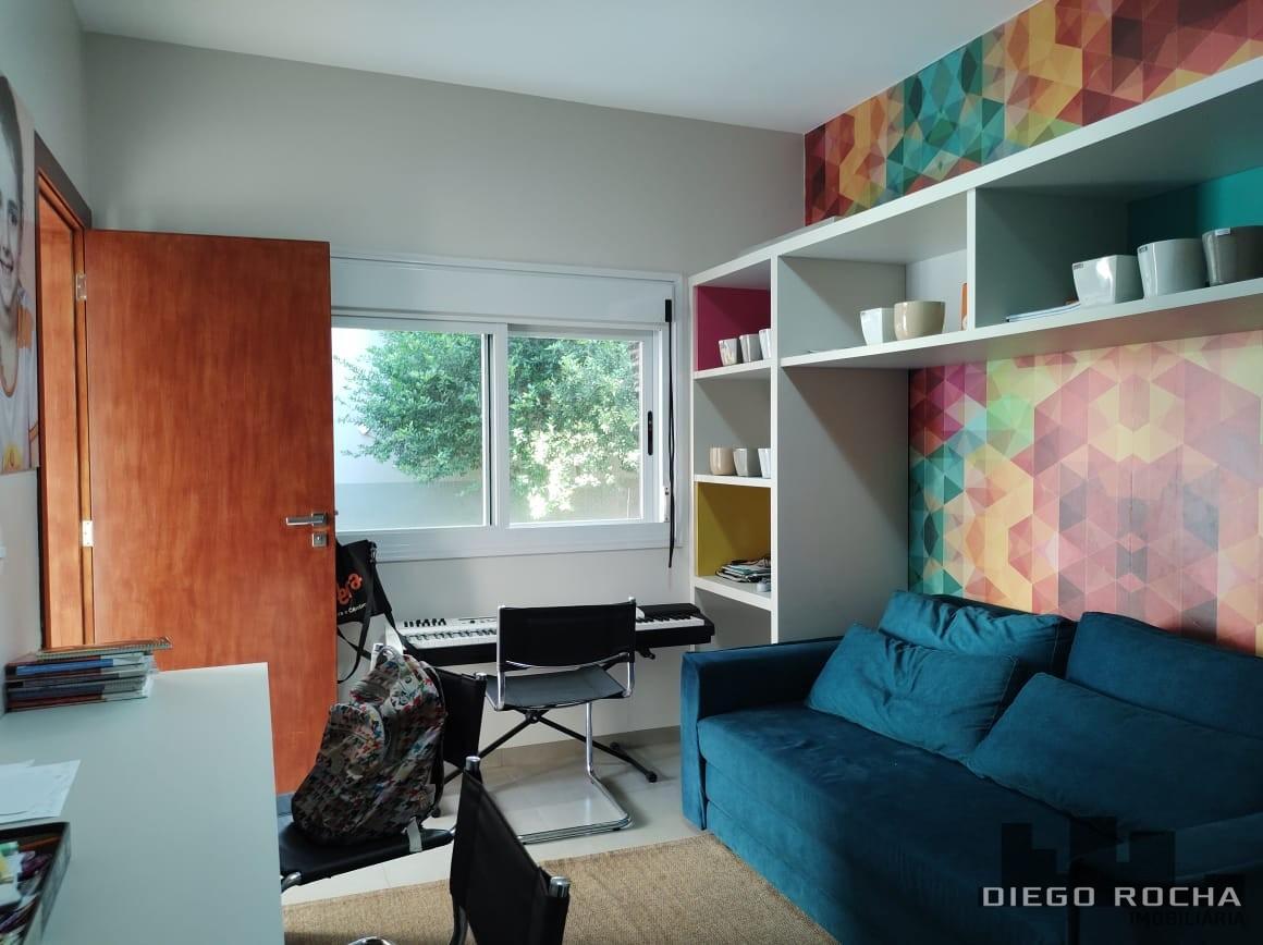 imoveis/2021/05/casa-de-alvenaria-excelente-imovel-aceita-proposta-2649-19-1620305305.jpg